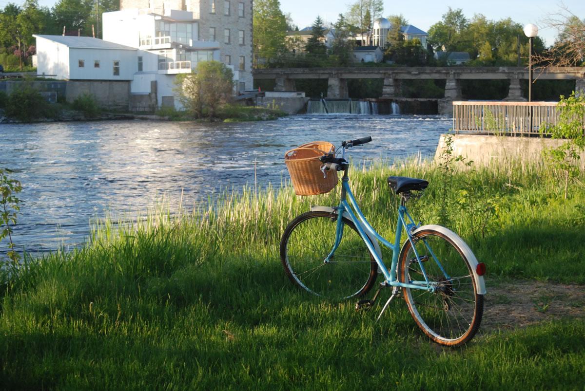 Blue bike on the Mississippi